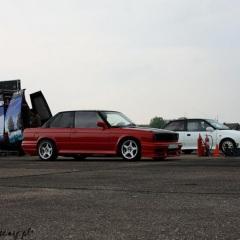 10-BMW-e30